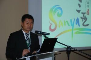 James Zheng wice dyrektor komitetu rozwoju Sanya Spotkanie z przedstawicielami branży turystycznej z chińskiej wyspy Hainan. fot..ŚWIECZAK