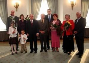 żródło:pawelwypych.pl Po nominacji na Sekretarza Stanu w Kancelarii Prezydenta RP z całą rodziną