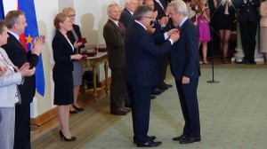 Juliusz MACHULSKI Prezydent wręczył odznaczenia państwowe zasłużonym twórcom kultury fot.ŚWIECZAK