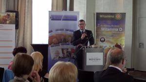 """Dr med. Paweł Grzesiowski I Konferencja Naukowa """"Witamina D – eliksir zdrowia"""" fot. ŚWIECZAK"""