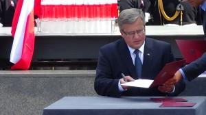 Ustawa o ochronie Znaku Polski Walczącej  fot ŚWIECZAK
