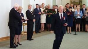 Jerzy Thieme Odznaczenia za wspieranie polskiej transformacji fot. ŚWIECZAK