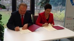 Warszawa zacieśnia współpracę z polskimi pracodawcami. List intencyjny w sprawie współpracy na najbliższe lata  fot. ŚWIECZAK