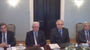Prezydent RP Bronisław Komorowski spotkał się z konstytucjonalistami – Prezesem Trybunału Konstytucyjnego i byłymi prezesami TK  fot. ŚWIECZAK