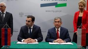 uroczyste podpisanie Protokołu z IV posiedzenia Komisji Międzyrządowej Polska – Armenia fot. ŚWIECZAK