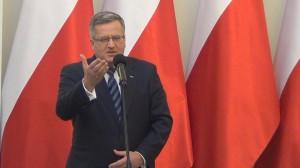 Prezydent Bronisław Komorowski Odznaczenia w 33. rocznicę stanu wojennego fot. ŚWIECZAK