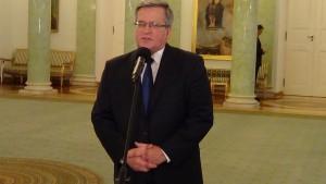 Prezydent: Żegnam Józefa Oleksego serdeczną myślą fot. ŚWIECZAK