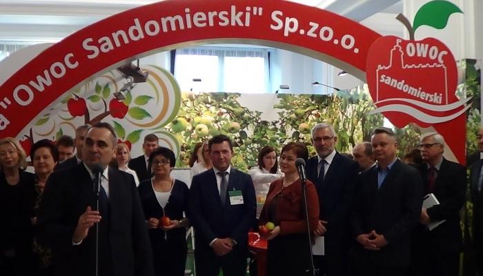 Wystawa poświęcona polskiemu sadownictwu fot. ŚWIECZAK