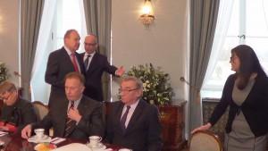 Spotkanie dot. stanu prac nad nową formułą dialogu społecznego w Polsce fot. ŚWIECZAK