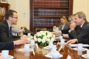 Marszałek Sejmu Radosław Sikorski spotkał się z Johannesem Hahnem - komisarzem ds. Europejskiej Polityki Sąsiedztwa i negocjacji akcesyjnych fot.Paweł Kula