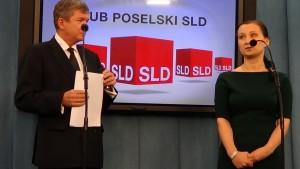 Konferencja prasowa - Apel do prezydenta Bronisława Komorowskiego o podpisanie konwencji antyprzemocowej fot. ŚWIECZAK