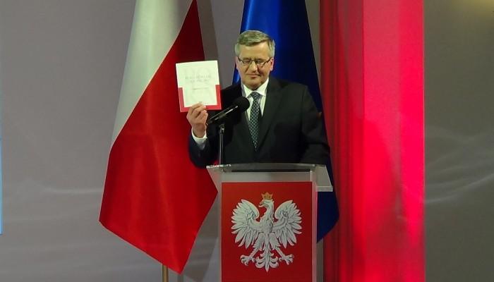 """Prezydent RP Bronisław Komorowski """"Łączy nas Polska – 5 lat prezydentury Bronisława Komorowskiego"""" fot. ŚWIECZAK"""