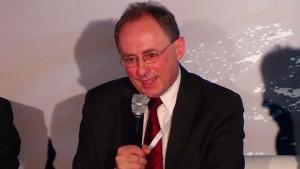 """Konferencja """"Nowa ustawa OZE – kolejny krok w kierunku urynkowienia odnawialnych źródeł energii fot. SWIECZAK"""