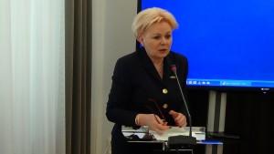 Krystyna Skowrońska przewodnicząca sejmowej Komisji Finansów Publicznych Spotkanie delegacji członków Europejskiego Trybunału Obrachunkowego z senatorami i posłami. fot.ŚWIECZAK