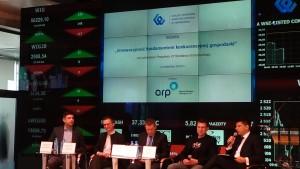 """Debata """"Innowacyjność fundamentem konkurencyjnej gospodarki"""" fot.ŚWIECZAK"""