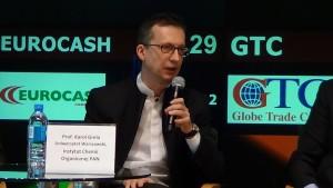 """ekspert prof. Karol Grela, laureat Nagrody Fundacji na rzecz Nauki Polskiej  Debata """"Innowacyjność fundamentem konkurencyjnej gospodarki"""" fot.ŚWIECZAK"""