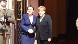 Ewa Kopacz Premier Angela Merkel Kanclerze Niemiec Polsko-niemieckie konsultacje międzyrządowe fot. ŚWIECZAK