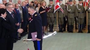 Prezydent RP Bronisław Komorowski wręczył nominacje generalskie fot. ŚWIECZAK
