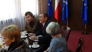 Spotkanie minister Wóycickiej z przedstawicielami opiekunów osób niepełnosprawnych fot.SWIECZAK