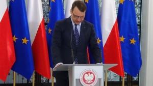 Briefing prasowy marszałka Sejmu Radosława Sikorskiego przed 92. posiedzeniem Sejmu fot.ŚWIECZAK