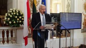 prof. Adam Daniel Rotfeld Gala wręczenia nagrody Forum Współpracy i Dialogu Polska-Litwa fot. ŚWIECZAK
