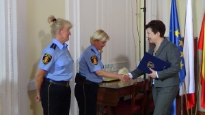 Nagrody dla strażniczek miejskich od Prezydent Warszawy fot. ŚWIECZAK