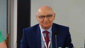 """prof. dr hab. Józef Orczyk Konferencja Naukowo - Metodyczna """"Innowacje w aktywizacji kobiet 50+ - wyrównywanie szans na rynku pracy"""" fot. ŚWIECZAK"""