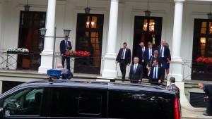 Spotkanie prezydenta elekta Andrzeja Dudy z sekretarzem generalnym NATO fot. ŚWIECZAK
