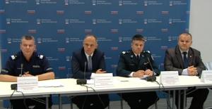 Konferencja prasowa Ministerstwa Spraw Wewnętrznych w sprawie dopalaczy fot. ŚWIECZAK