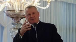"""ks.prof. dr. hab. Tadeusz Guz Konferencja naukowa """"Zrównoważony rozwój i zmiany klimatyczne w świetle Encykliki Ojca Świętego Franciszka Laudato Si"""" fot. ŚWIECZAK"""
