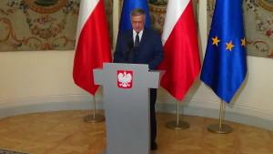 Prezydent RP Bronisław Komorowski podpisał ustawę o in vitro fot. ŚWIECZAK