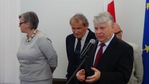 Marszałek Senatu odznaczył byłych działaczy opozycji demokratycznej fot. ŚWIECZAK