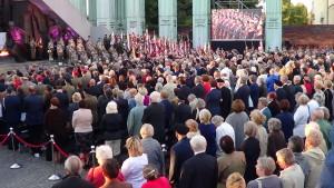Uroczystości przy pomniku Powstania Warszawskiego na Placu Kraińskich fot. ŚWIECZAK