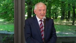 Stanisław Gomułka profesor nauk ekonomicznych Nadzwyczajne posiedzenie Rady Gospodarczej fot. ŚWIECZAK