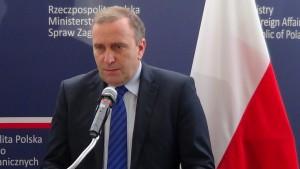 Grzegorz Schetyna Minister Spraw Zagranicznych, podczas konferencji prasowej z mediami, przeprasza za zachowanie Janusza Korwina Mikke w Parlamencie Europejskim fot. ŚWIECZAK