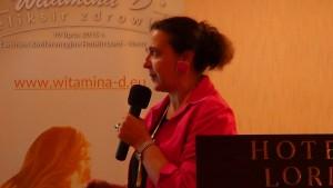 dr n.med. Edyta Biernat-Kałuża II Konferencja Naukowa Witamina D - eliksir zdrowia fot. ŚWIECZAK