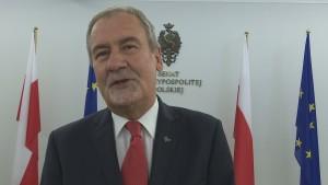 Marszałek Jan Wyrowiński Marszałek Senatu odznaczył byłych działaczy opozycji demokratycznej fot. ŚWIECZAK