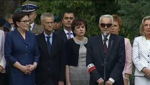 """Uroczystości przy pomniku """"Mokotów Walczący - 1944"""" fot. ŚWIECZAK"""