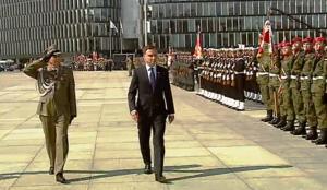 Uroczystość przyjęcia zwierzchnictwa nad Siłami Zbrojnymi fot. ŚWIECZAK