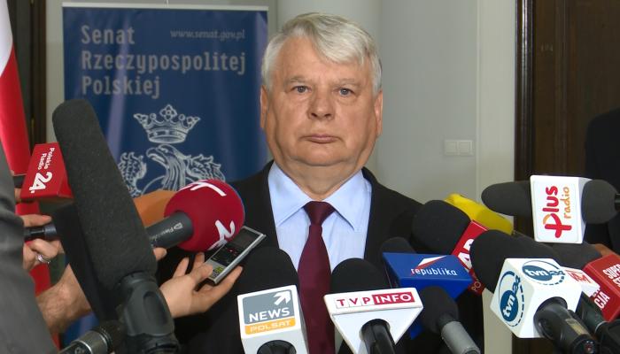 Borusewicz Marszałek Senatu o referendum prezydenta Dudy fot. ŚWIECZAK