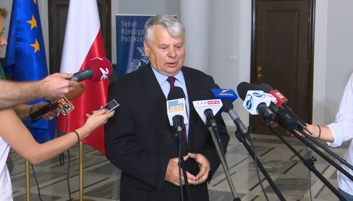 Wniosek o referendum trafił do Senatu. Borusewicz: Pytania są ogólne i nieprecyzyjne fot. ŚWIECZAK