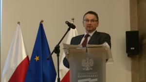 Leszek Katkowski NFOŚiGW III spotkanie grupy roboczej ds. OZE i efektywności energetycznej wokół Platformy Zrównoważona Energia fot. ŚWIECZAK