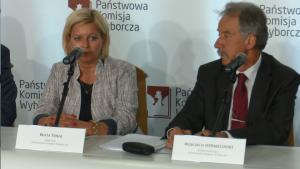 Beata Tokaj Sekretarz PKW Wojciech Hermeliński sędzia Trybunału Konstytucyjnego Referendum niewiążące! Frekwencja - zaledwie 7,80% fot. ŚWIECZAK