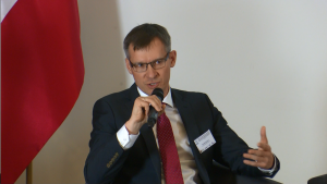 """Krzysztof Burnos, Prezes Krajowej Rady Biegłych Rewidentów Konferencja """"Biznes a wyzwania społeczne, środowiskowe i gospodarcze kraju. Rola i odpowiedzialność"""" fot.ŚWIECZAK"""
