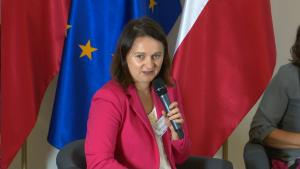 """Mirella Panek–Owsiańska, Prezeska Forum Odpowiedzialnego Biznesu Konferencja """"Biznes a wyzwania społeczne, środowiskowe i gospodarcze kraju. Rola i odpowiedzialność"""" fot.ŚWIECZAK"""