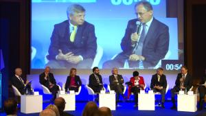 Polska 2015-2025. Jaka polityka przemysłowa? Najważniejsze wyzwania fot. ŚWIECZAK
