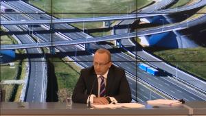 Paweł Olszewski Wiceszef Ministerstwa Infrastruktury i Rozwoju Rząd przyjął Program budowy dróg krajowych na lata 2014-2023, warty 107 mld zł fot. ŚWIECZAK