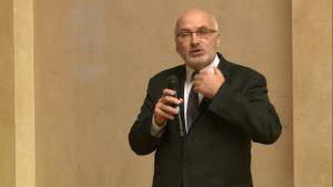 dr Dariusz Hajdukiewicz dyrektor Biura Polityki Zdrowotnej Urzędu m.st. Warszawy IV Warszawskie Forum Psychiatrii Środowiskowej fot. ŚWIECZAK