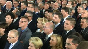 Nowi posłowie odebrali zaświadczenia PKW o wyborze fot. ŚWIECZAK