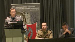 gen.bryg.Stefan Mordacz Obrona powietrzna w systemie bezpieczeństwa państwa fot. ŚWIECZAK